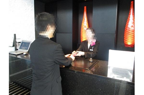 エリアセグメントも可能!全国のビジネスホテル・リゾートホテルでのフロント&お部屋置きサンプリング