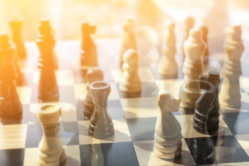 研究だけでなくビジネスにも利用できるゲーム理論とは?