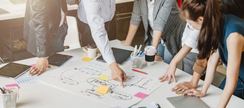 ランチェスターの法則とは?ビジネスや事業を成功させるための戦略